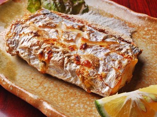 太刀魚の塩焼きの写真